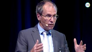 In his scientific welcome address professor bernd fitzenberger, phd, director of the iab, discusses issues interest regarding labour market transitions an...