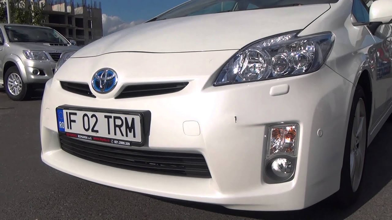 Toyota Prius (2012) (www.buhnici.ro)
