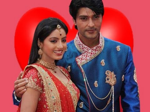 Sooraj and Sandhya's ROMANTIC MOMENTS in Diya Aur Baati Hum 24th May 2012