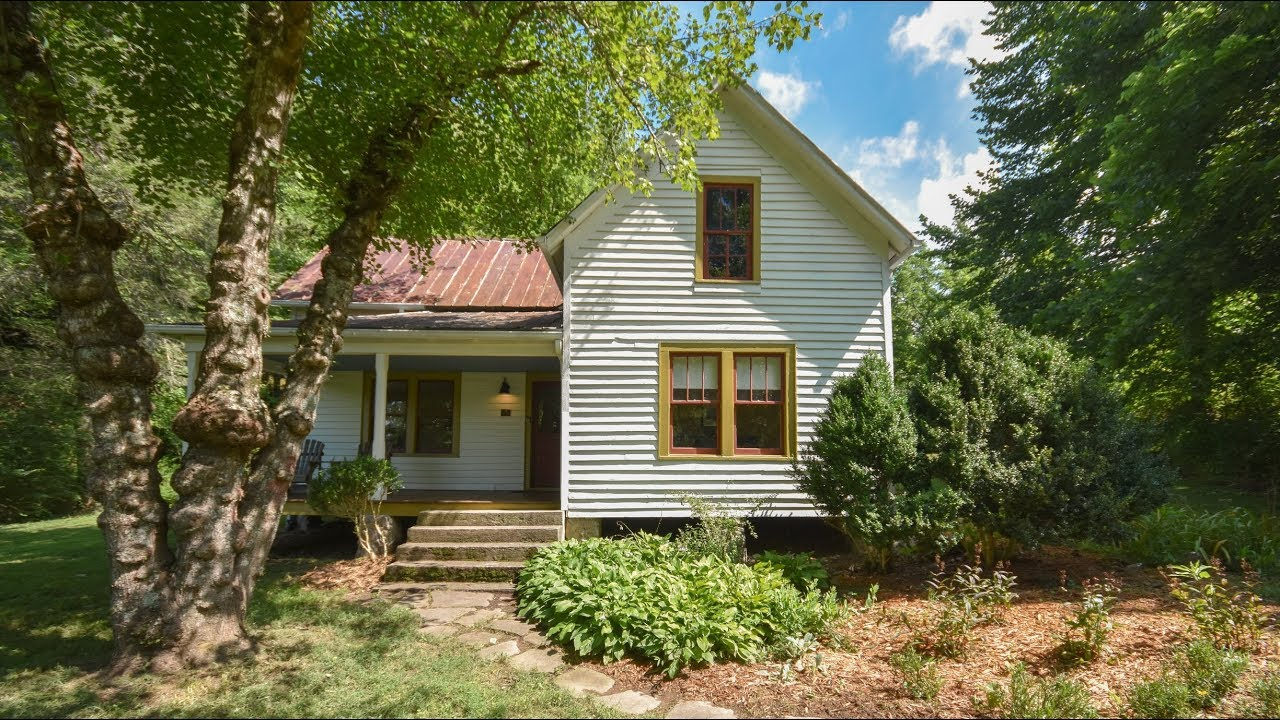 Sold Restored Farmhouse On 8 Conserved Acres 40 Queen Branch Road Franklin Nc Youtube
