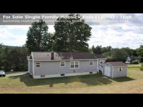 Single Family For Sale: Hoosick Falls, NY $154900