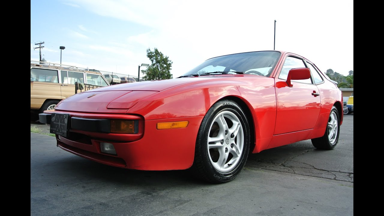 1986 porsche 944 clean guards red 5 speed manual 944s s1. Black Bedroom Furniture Sets. Home Design Ideas