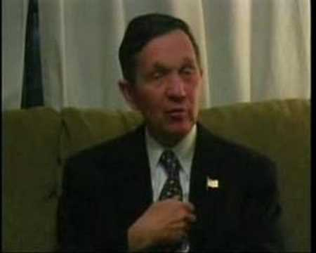 Dennis Kucinich asked about Ron Paul on Free Minds TV