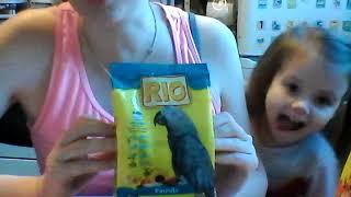 Обзор корма Рио для попугаев, средних и крупных видов.