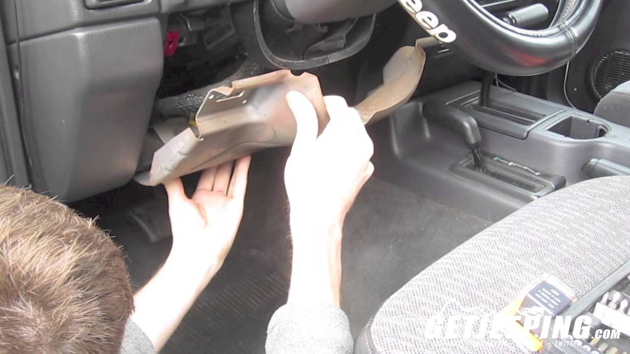 Replacing flasherturn signal relay on a 19972001 Jeep