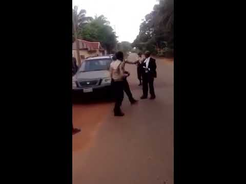 Unbelievable: Lawyer fights FRSC official.... Right or Wrong?