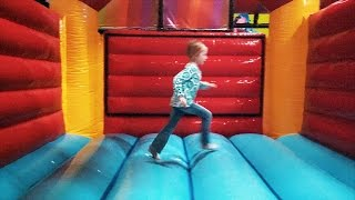Fun Indoor Play at Busiz Indoor Playground (family fun for kids)