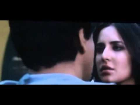 Shahrukh Khan kisses Katrina Kaif In Jab tak hai Jaan Travel Video