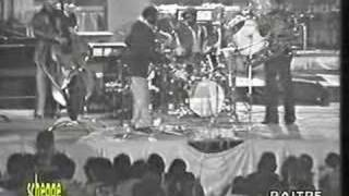Play Fly Town Nose Blues (Live)