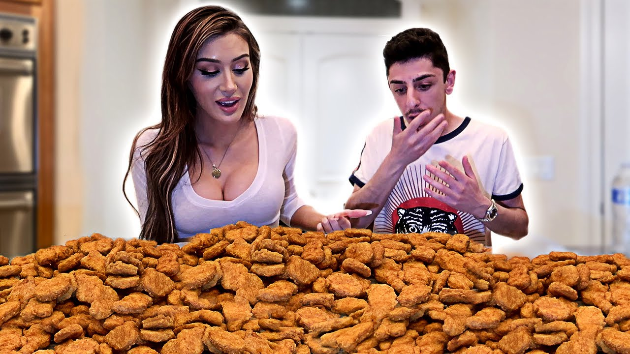 100 Chicken Nuggets in 10 MINUTES CHALLENGE!! (10,000 CALORIES)