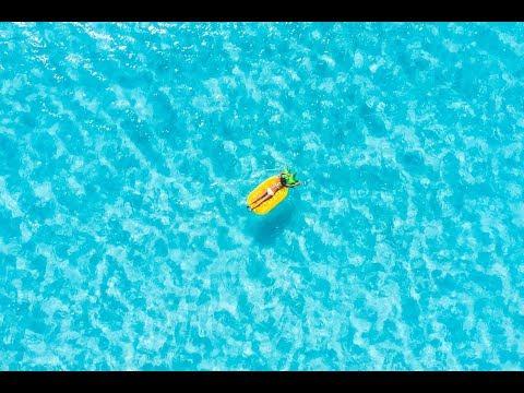 Sailing Bora Bora - French Polynesia
