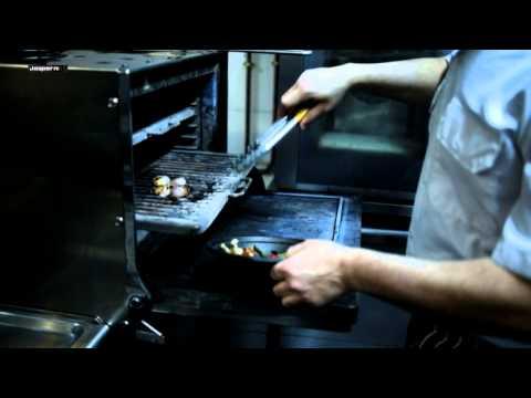Beef tendon soup / Sopa de tendones de vaca - Charcoal oven Josper