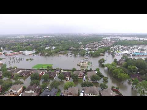 Hurricane Harvey's mess in Dickinson, TX 8-27-17