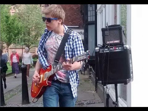 Guns 'n' roses - Paradise City Cover - Busking - James Bell