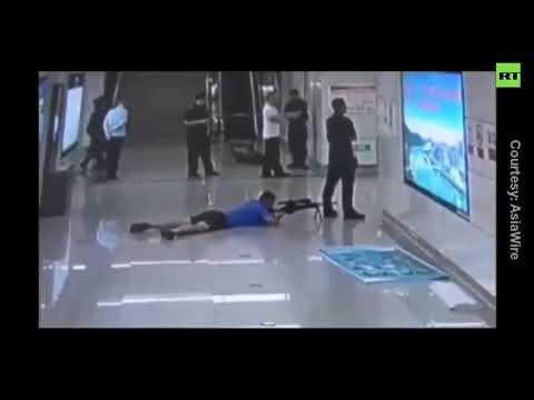 Sniper shoots hostage