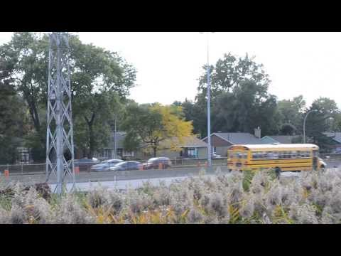 FAST DRIVING SCHOOL BUSES ON HIGHWAY 20 - MONTREAL