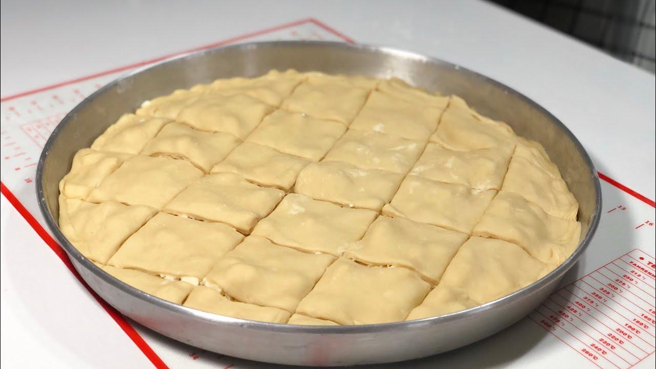 tam bir borek mayasiz citir citir en gercek el acmasi borek katlari sayilan peynirli tepsi boregi