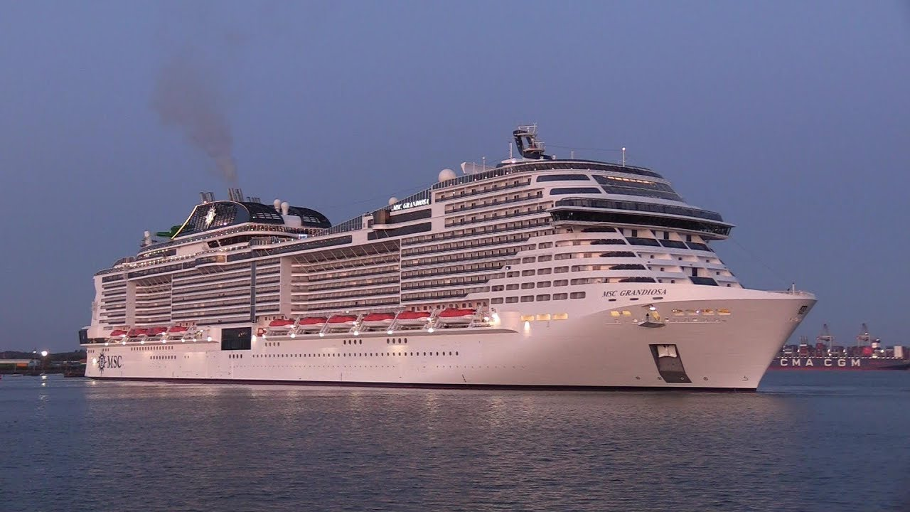 MSC GRANDIOSA - New Cruise Ship maiden arrival Southampton ...