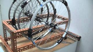 Yuen Wheel with 4 wheels close together