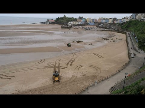 Drama on North Beach Tenby 2016
