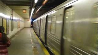 IND 6th Ave Line: R68 D Trains at Grand St