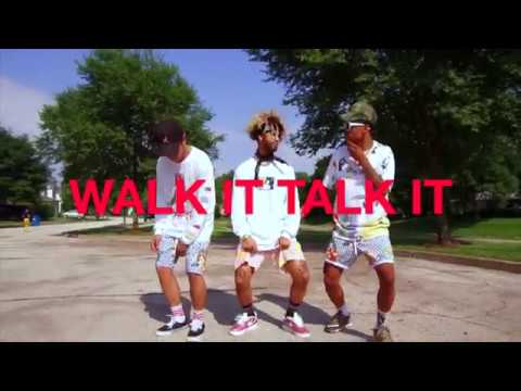 """WALK IT TALK IT"" - Migos ft. Drake 