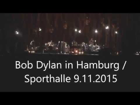 "Bob Dylan Konzert live 9.11.2015 in Hamburg ""Blowin in The Wind"" am Piano"