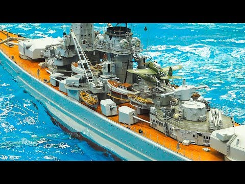 XXXL GIANT RC MODEL SCALE SHIPS, BOATS, DESTROYERS IN DETAIL AND ACTION ON THE POOL!!
