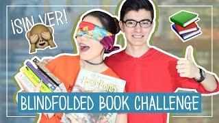 ¡RETO SIN VER! (Blindfolded Book Challenge) | ft. Pato