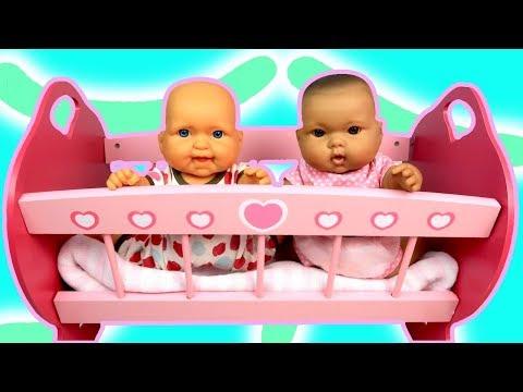 Куклы Пупсики ЛЮЛЬКА ДЛЯ БЬЯНКИ И АЛЁНЫ Укладываем Спать Мультик Игрушки для девочек