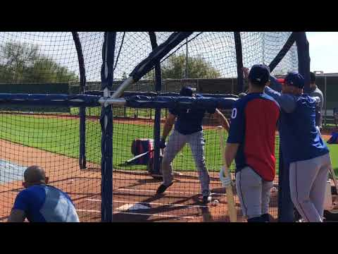 Joey Gallo crushing balls in Rangers batting practice
