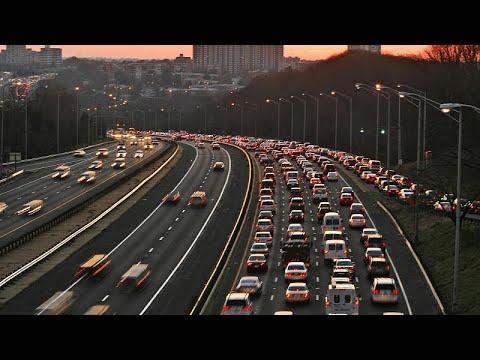 مدينة أوروبية تشرع في تغريم سائقي المركبات الذين يحدثون ضوضاء تضايق السكّان والمارّة …  - نشر قبل 7 ساعة
