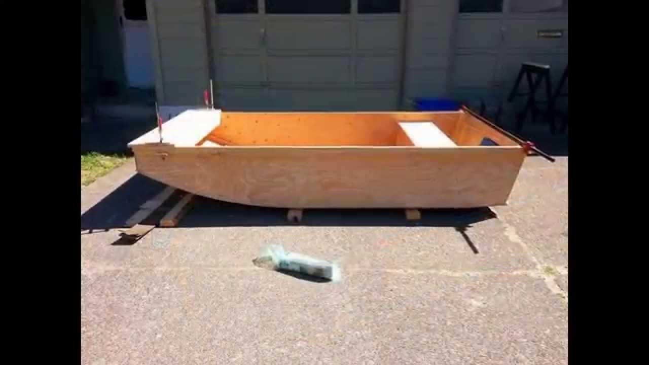Building The Caddy Wampus (jon boat build) - YouTube