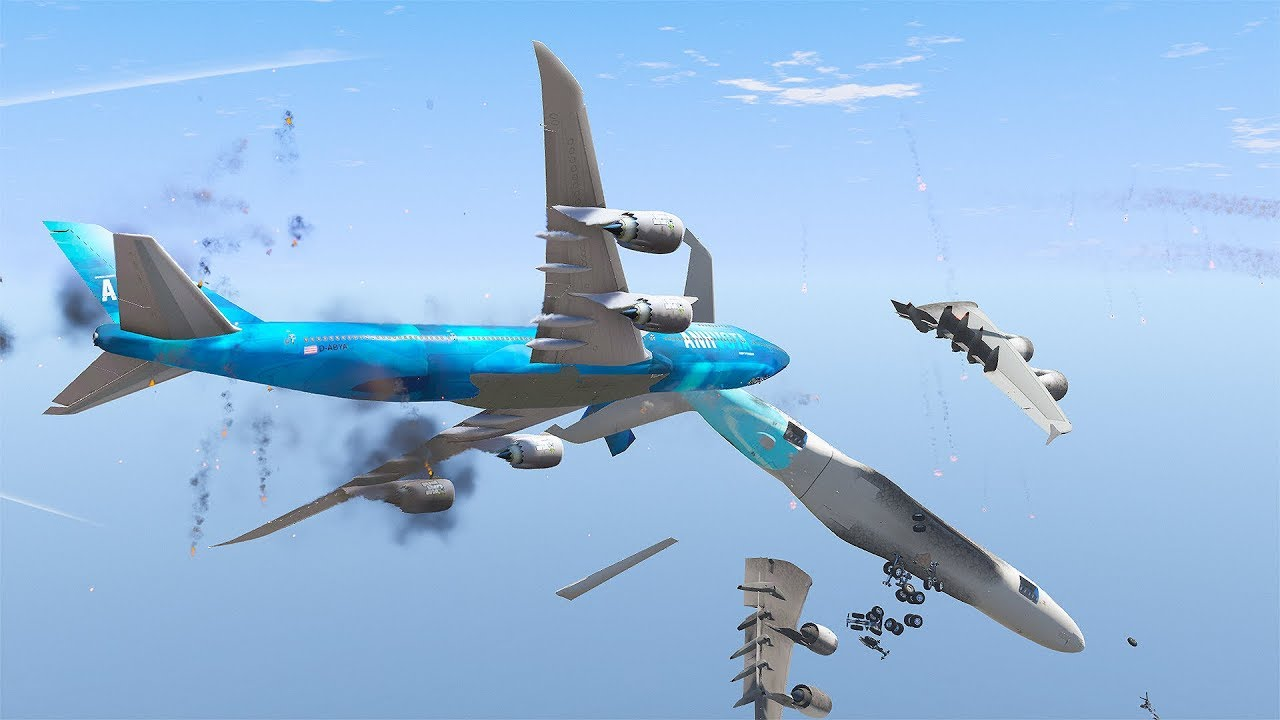 Crazy 747 Pilot Crashes Into A380 Mid Air During Emergency Landing | GTA 5