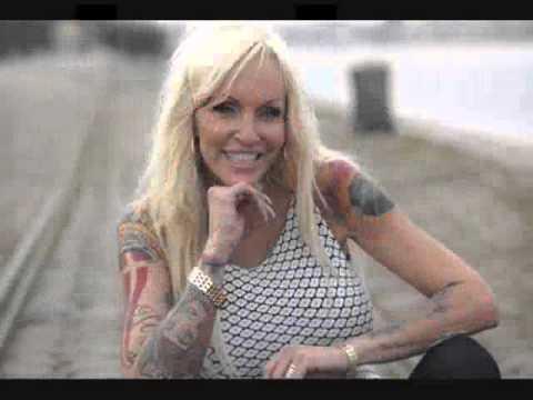 a18edd33102e Linse Kessler - Hundesang (Stop The Killing) - Tekst