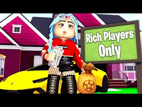 gold-digger-only-lets-rich-players-inside-her-house...---daycare-(roblox-roleplay)