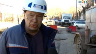 В центре Саратова сегодня были проблемы с отоплением: энергетики ремонтировали трубы(, 2016-02-09T15:31:29.000Z)