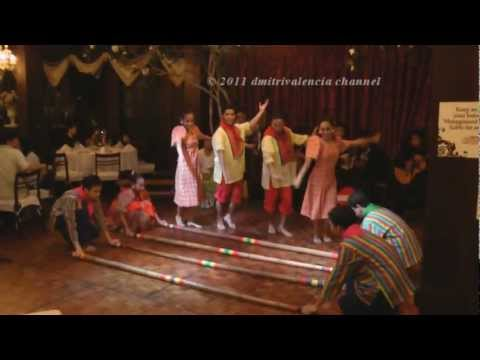 Philippines - Cultural dance at Barbara's Casa Manila - Intramuros