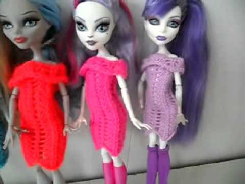 платья вязаные для кукол