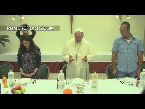 Pope Francis' top 5 ideas for World Day of Refugees