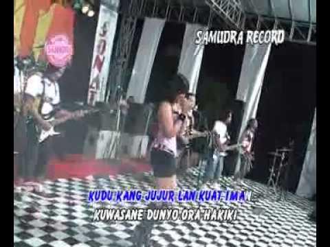 Syi'ir Tanpo Waton SINDIRAN - Yulia Rahman