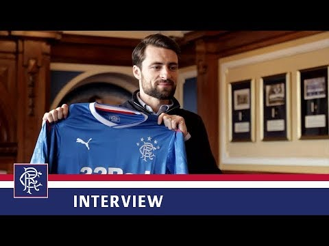 INTERVIEW | Russell Martin Signs