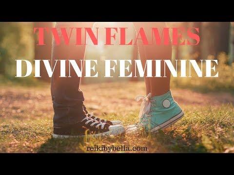 "Twin Flames Divine Feminine  ""Soul Ignites Sacred Union"" Full Moon Reading 9 July – 10 August"