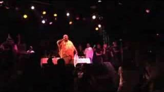 Darryl Pandy - (Live 2007) Love Can