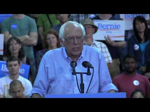 Sen. Bernie Sanders Speaking in Seattle August 8, 2015