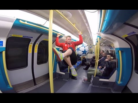 MIND THE GAP! - Freestyle Football London Underground