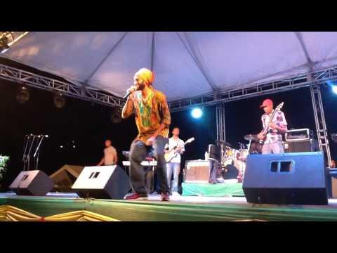 Ras INDIO - Fyah BLAZE - LIVE in JAmaica @ Rocabessa Fest 2017