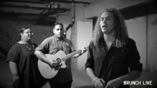 "Brunch Sessions:  DeAndre covers Duffy's ""Syrup and Honey"" and Beyonce's ""1+1"""