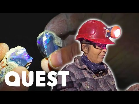 Crew's Risky Mining Mission Produces Stunning Black Opal   Outback Opal Hunters