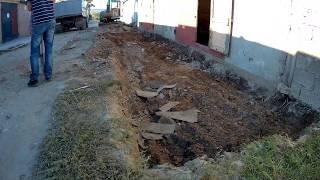 Глиняный затвор замок от воды в подвале. часть 1